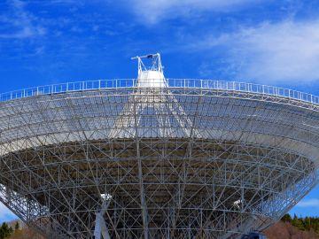 Los canadienses esperan que más telescopios ayuden a toparse con estas señales de radio