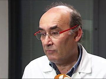 Investigan el fallecimiento de dos pacientes en el pasillo de las Urgencias del Hospital de Santiago