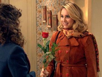 Luisita insiste en verse con Amelia a solas