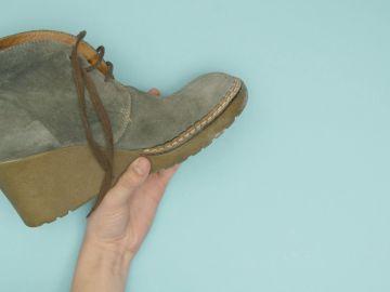 Truco casero infalible para limpiar los zapatos de ante