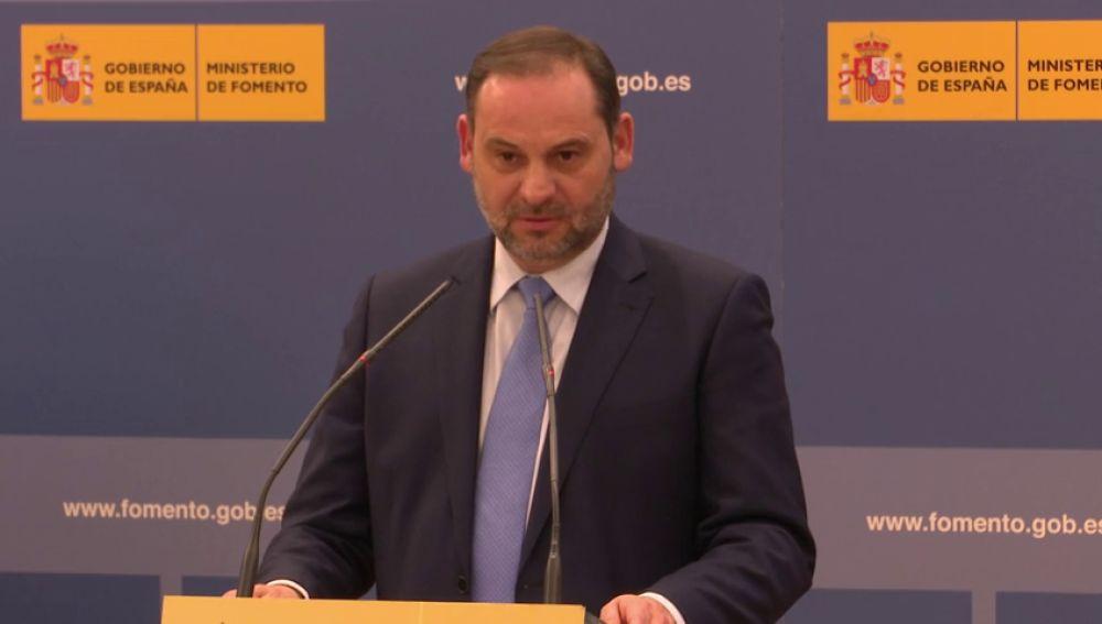 """Ábalos: """"los catalanes tienen que estar encantados"""""""