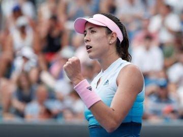 Garbiñe Muguruza celebra un punto en su estreno en el Open de Australia
