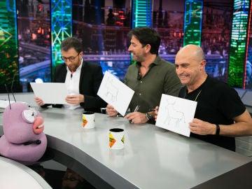 El público de 'El Hormiguero 3.0' sorprende a Pepe Viyuela y Antonio Garrido con su fascinante creatividad dibujando el toro de Osborne que tanto aparece en 'Matadero'