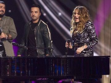 El lunes y martes, Paulina Rubio deslumbra en el escenario de 'La Voz' con 'Bésame mucho'