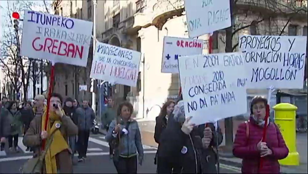 Convocados ocho días de huelga en la enseñanza concertada del País Vasco