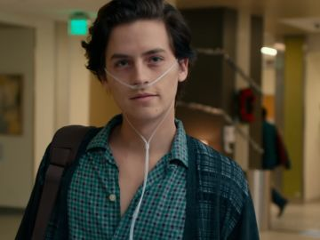 Cole Sprouse en 'Five Feet Apart'