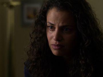 Grace intenta convencer a Ben de que ya no existe otro hombre en su vida