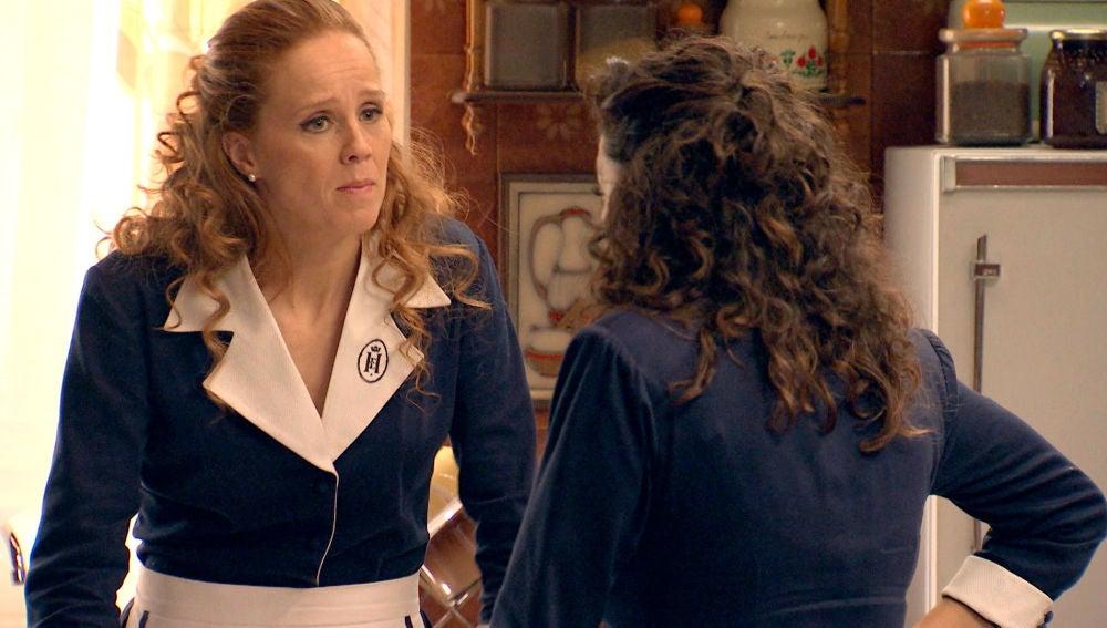 Natalia decide investigar a Domingo