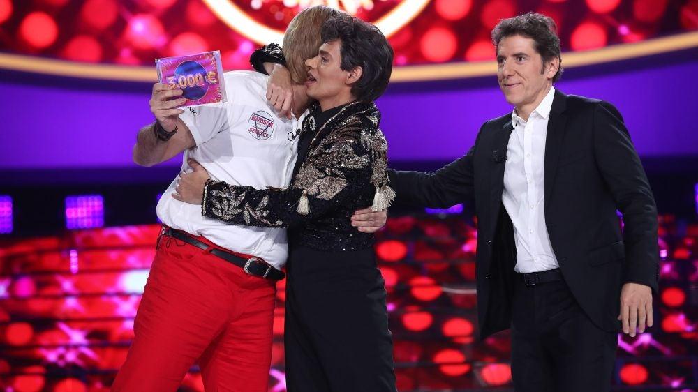 El bonito gesto de Carlos Baute al ceder el premio a su compañero Manu Sánchez