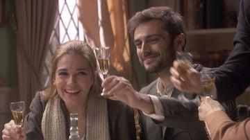 Julieta y Saúl adelantan la fecha de su boda