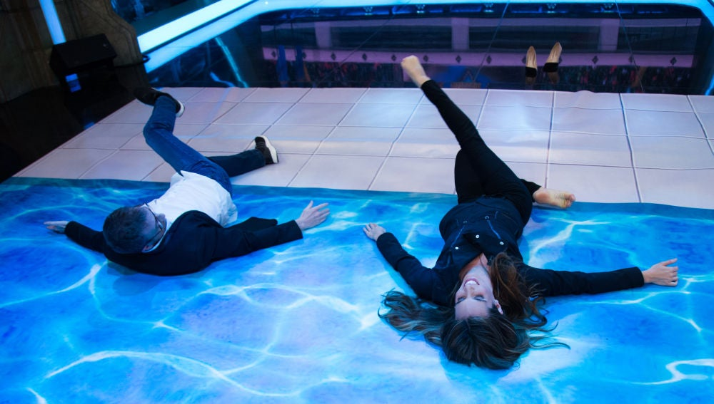 Ona Carbonell enseña a Pablo Motos a hacer natación sincronizada en 'El Hormiguero 3.0'