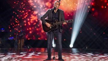 Javier Moya canta 'Contigo' en las 'Audiciones a ciegas' de 'La Voz'