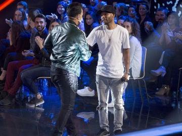 """Luis Fonsi se hace con la voz de Marcelino Damion: """"Aquí tienes a un hermano que hará todo lo posible para que ganes"""""""