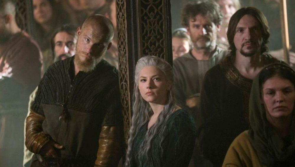 Los protagonistas de 'Vikingos'