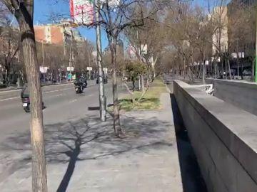 """Carmena advierte a los taxistas que no va a tolerar acciones """"por la fuerza"""""""