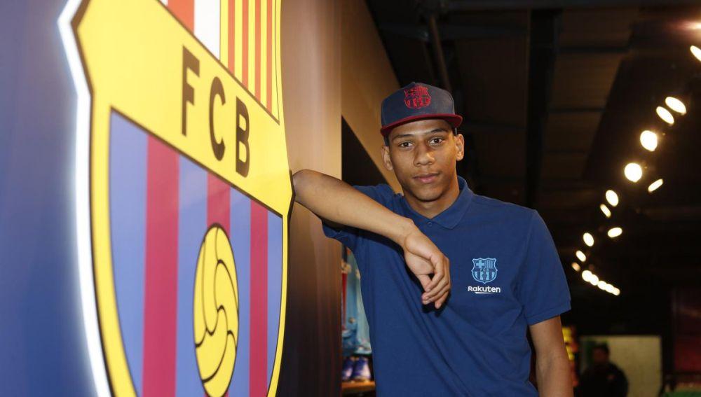 Todibo, nuevo jugador del Barcelona