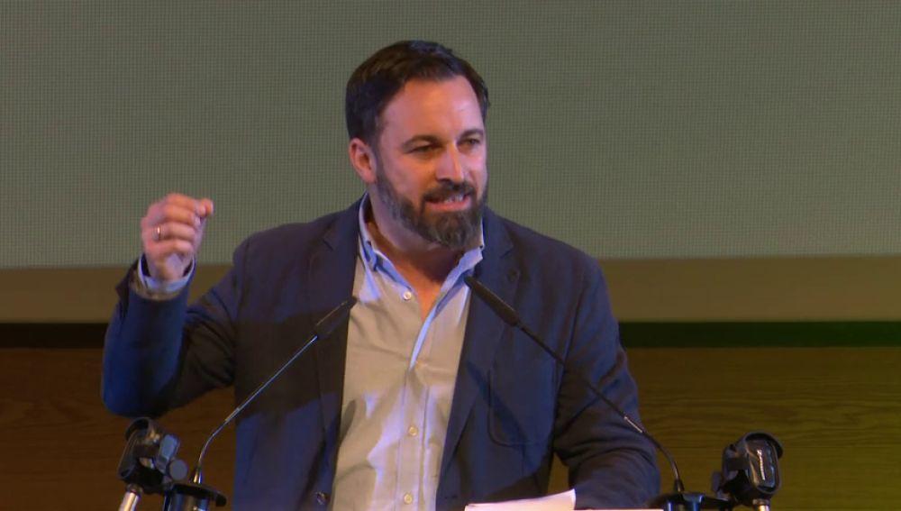 "Abascal, en un acto multitudinario: ""Vox ha hecho historia en Andalucía"""