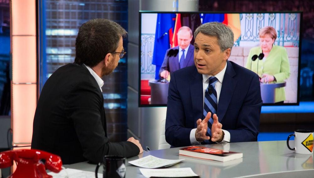 Vicente Vallés relata la dura historia de Litvinenko en 'El Hormiguero 3.0'