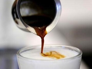 Imagen de un café con leche