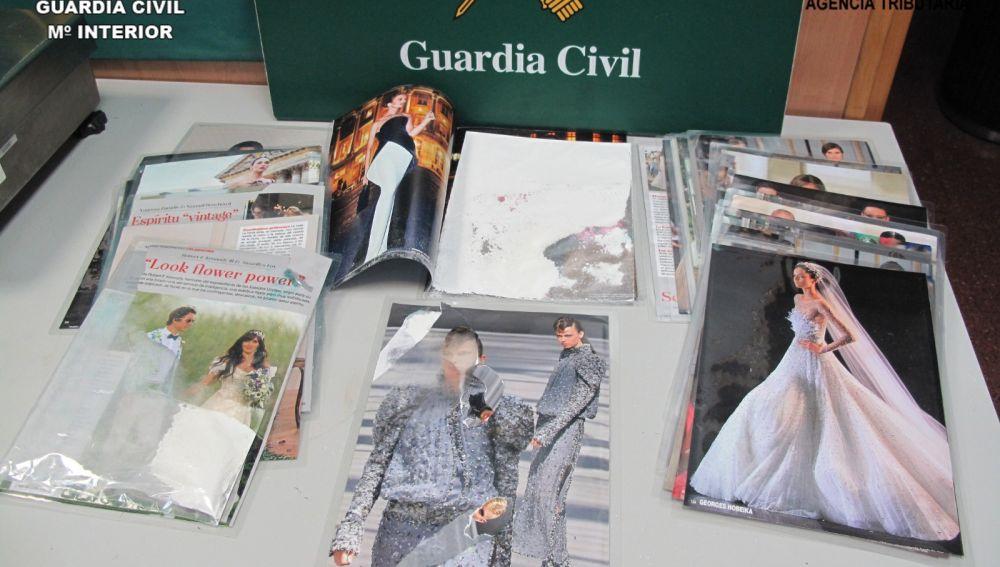 Fotografías tras la que una pasajera de El Prat ocultó 3 kg de droga