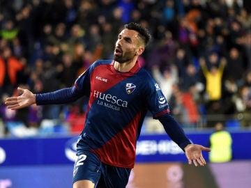 Enric Gallego celebra un gol