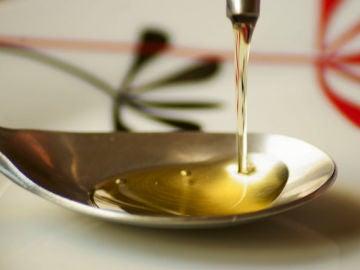 Restos del aceite de oliva sirven para eliminar farmacos en el agua residual