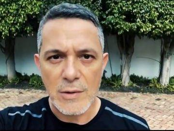 """Juanes, Sanz, Fonsi y otros llaman a venezolanos a """"resistir"""" contra Maduro"""