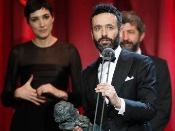 Rodrigo Sorogoyen con su Goya a Mejor Guión Original por 'El Reino'