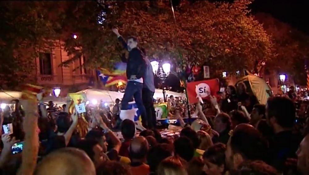 Guardia Civil y agentes judiciales: 20 horas de acoso independentista