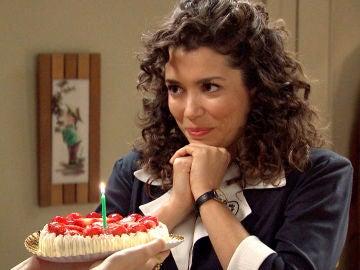 Luisita le prepara una romántica sorpresa a Amelia por su cumpleaños