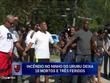 """Consternación en los familiares y amigos de los jóvenes del Flamengo: """"Son niños, esto nos llena el corazón de tristeza"""""""