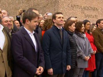 Los movimientos de los políticos para salir solos en la foto deseada