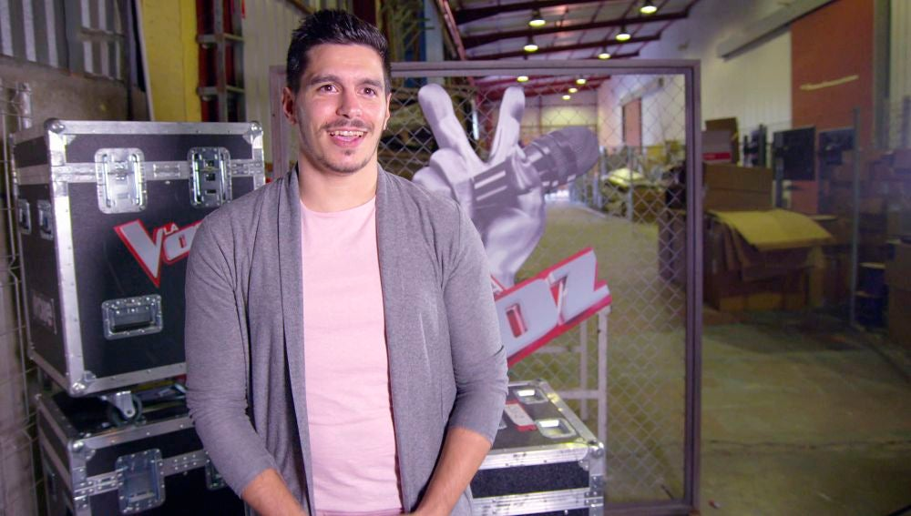 """Fran Arenas, de futbolista a talent de 'La Voz': """"Estuve diez años jugando en la cantera del Sevilla"""""""