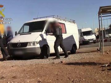 Desarticulada una red que se dedicaba a vender tarjetas de transporte de mercancía de Melilla a Marruecos