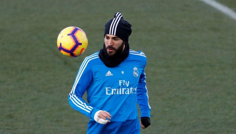 Karim Benzema, durante un entrenamiento con el Real Madrid