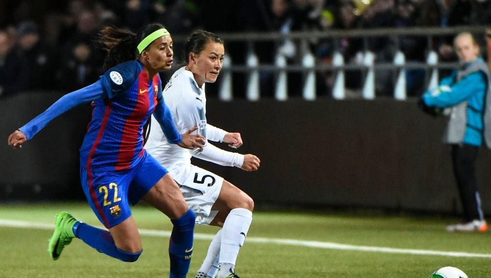 La jugadora del Barcelona Andressa Alves, durante un partido