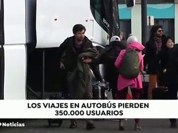 El autobús pierde 350.000 viajeros en los últimos 10 años