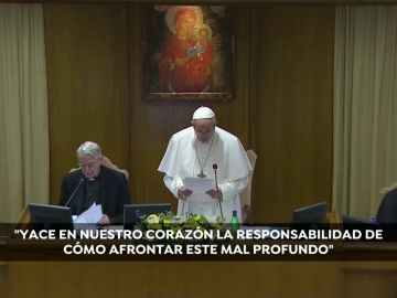 """El Papa abre la cumbre contra los abusos recalcando la """"responsabilidad eclesiástica para afrontar este mal"""""""