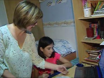 Los padres deberán comprometerse por escrito a ayudar a sus hijos con los deberes