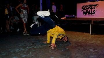 Un 'breakdancer', en plena acción