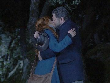 Fe sella su adiós a Puente Viejo con un romántico encuentro