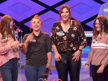"Juanra Bonet tiene claro que las 'Tradugirls' ""ocultan algo"""