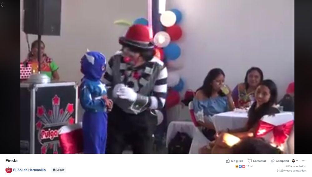 Payaso en un cumpleaños
