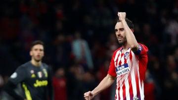 Diego Godín celebra su gol contra la Juventus