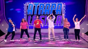 Una pista de baile para elegir a los cuatro mejores en 'Atrapa la silla'