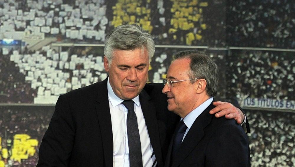Carlo Ancelotti, con Florentino Pérez