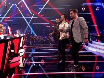 VÍDEO-LA VOZ: Antonio Orozco, Luis Fonsi y David Bustamante suben la temperatura del plató de 'La Voz' con un sensual baile al ritmo de 'Fever'