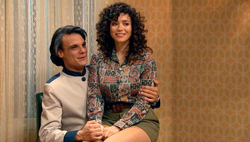 Amelia y Jesús fingen una relación para acabar con las sospechas de Marcelino