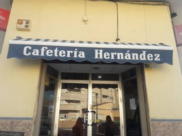 La cafetería dónde se les negó bebida y comida a los discapacitados