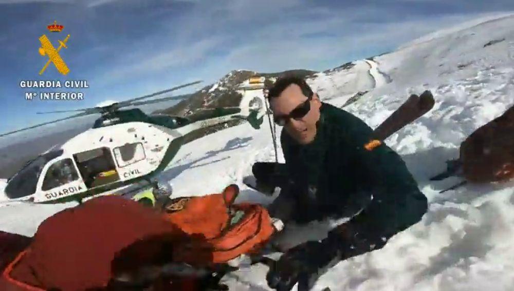 La Guardia Civil rescata a un montañero que se precipitó en la cumbre de Valdezcaray